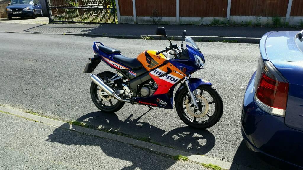 Honda CBR125R-5 REPSOL