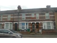 Watford town center large 2 bed apartment