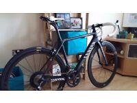 Canyon Ultimate CF SL 9.0 AERO. Less than 4500 miles - immmaculate condition