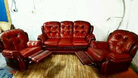 Vintage senator chesterfield leather 3 seater with 2 recliner chairs **Free delivery**