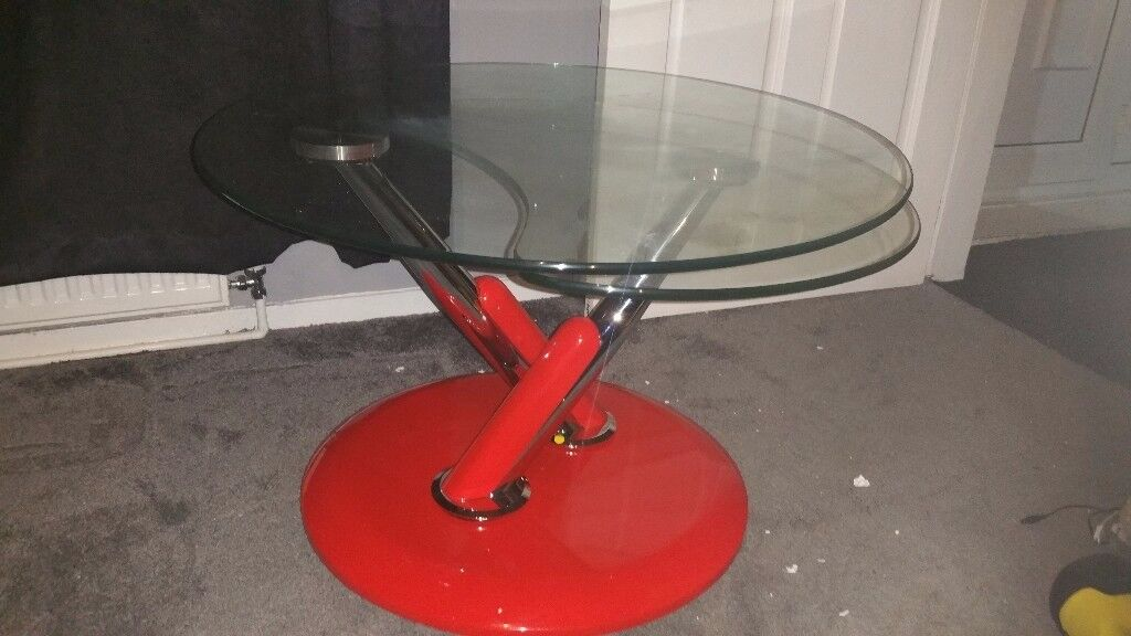 Rotating coffee table. New! Red