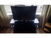 32 inch lcd tv and stand