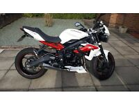 2014 Triumph Street Triple R ABS in Crystal White, Immaculate condition, Low Mileage