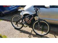 Saracen exile jumps bike