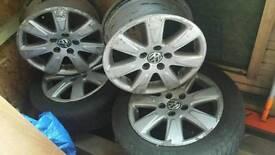 Volkswagen passat 16 inch 5 alloy wheels with 2 tires