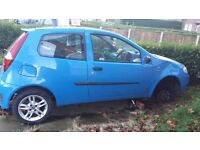 Project/ track day/ grass tracker fiat punto 1.4 sporting.Stainless exhaust, alloys.