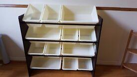 Organiser / storage shelves