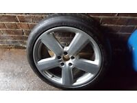 Audi A8 Wheel with Tyre