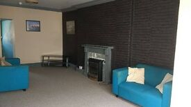 1 bedroom (self-contained) studio flat - £105.00/wk