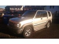 Isuzu Trooper, 2003, 3.0cc, Diesel, Manual, Full MOT & Service History, Tow Bar, CD Radio Bluetooth