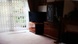Room to let - Colnbrook, Slough
