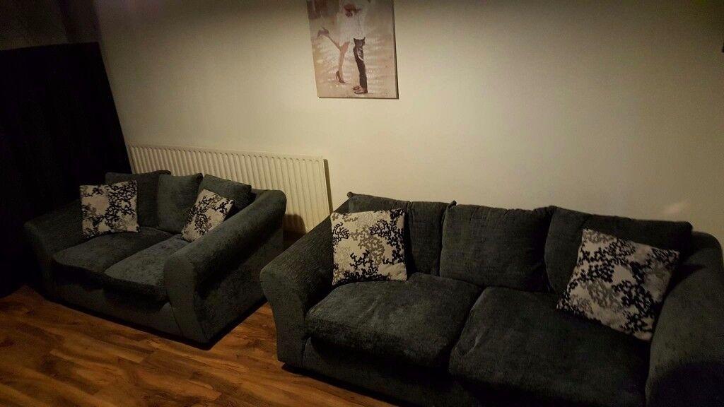 Argos Clara Large And Regular 3 Seater And 2 Seater Sofa