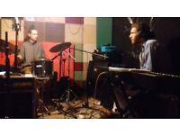 Drummer looking for projects (Jazz/Funk/Post-Rock/Experimental/Avant Garde/Latin/Reggae)