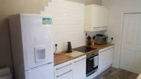£72 p/w all bills, inc cleaner & broard band single room in stylish shared house, 2 bathrooms!!