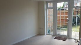 1 bedroom unfurnished house for rent in Buckingham. £690 pcm, south facing garden and garage