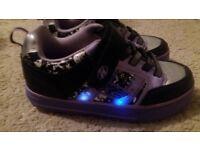 Heelys Skate Shoes Size 3