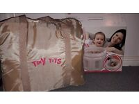 Inflatable baby/toddler playpen