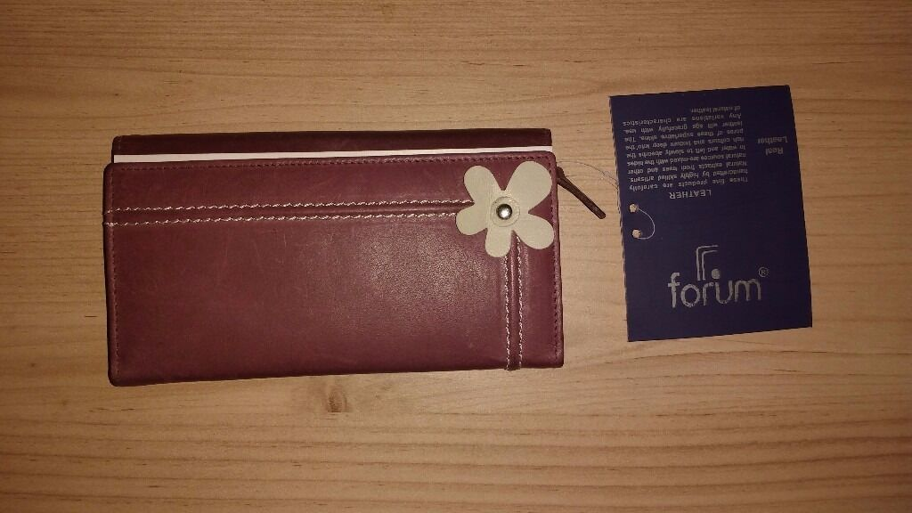 """Forum Leather Purse (Purple/Redin Southside, GlasgowGumtree - Forum Leather Purse (Purple/Red) Stylish purple/red, real leather purse. My Partner received said leather purse as a gift, but has no use for a new purse. """"These fine products are carefully handcrafted by highly skilled artisans. Natural extracts..."""