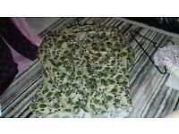Mens Designer Ted Baker London 5 Cream Green/ Blue floral shirt size XL