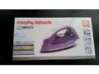 Morphy Richards Breeze Steam Iron