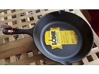 "Lodge cast iron 20.32cm / 8""pre-seasoned round skillet - brand new"