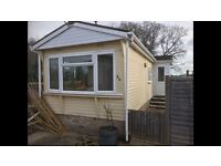 2 BED MOBILE HOME TO RENT IN SMALLFIELD NR HORLEY in