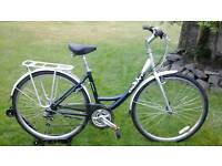 LADIES GIANT EXPRESSION STEP THROUGH HYBRID BIKE * FULLY SERVICED / GREAT CONDITION *