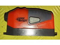 Laser Alignment Hand Tool requires 2 x AAA batteries.