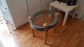 Round glass table, no problems and no cracks whatsoever.