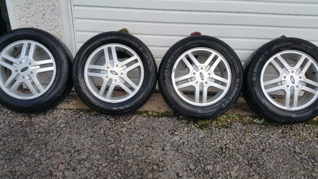 Ford Genuine 15 '' alloy wheels + 4 x tyres 195 60 15
