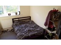 Large Double Room FOR COUPLES AND SINGLE - All Bills inc - £780