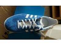 Mens blue gazelle og