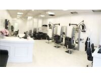 HAIRDRESSING CHAIR / BEAUTY ROOM / NAIL STATION TO RENT £30-£35 PER DAY