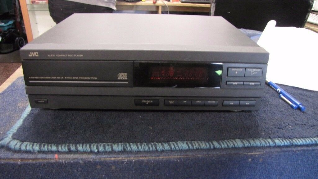 JVC XLE31 CD PLAYER