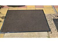 3x hardwearing barrier rugs... brown,non slip, 4ftx6ft each, used but good clean condition £15 each