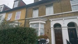 LARGE ROOM in a VICTORIAN HOUSE in LEYTON