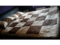 king size modern stylish beige and brown bed spread and 2 pillow case