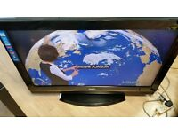 "37"" lg lcd tv in vgc,freeview,hdmi ,fully working with genuine remote control & tabletop stand"