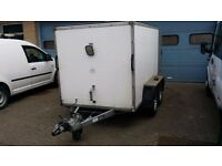TRIDENT Box Van Trailer Twin Axle with Brake and Barn Doors