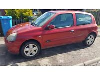 2005 renault clio 1.2 would px swop for a mavic or phantom 4 drone
