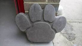 Paw 🐾 Print Paving Stepping Stones