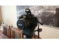 NIKON COOLPIX P520 + tripod + case + cable £200