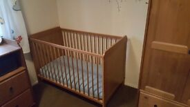 Cot (need gone asap)£10