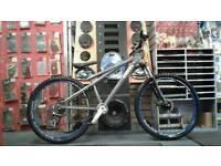 GT CHUCKER CUSTOM JUMP BIKE / mountain bike