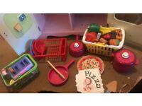 Play kitchen & accessories