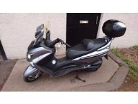 Sym 300i GTS maxiscooter 263cc scooter great fun, amazing mpg