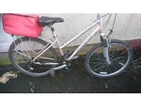 RALEIGH LADIES MOUNTAIN BIKE, 17 INCH FRAME, 26 INCH WHEEL'S, 18 GEARS, GOOD CONDITION