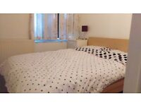 Single room in 2 bedrooms flat