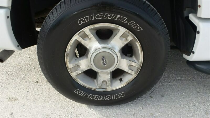 Image 15 Voiture Américaine d'occasion Ford Explorer Sport Trac 2004