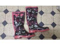 size 4 wellington boots